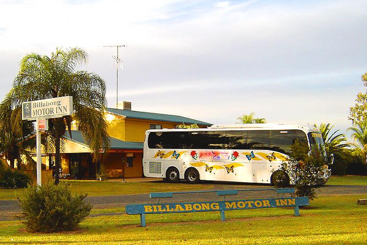 Billabong Motor Inn Bus Mundubbera